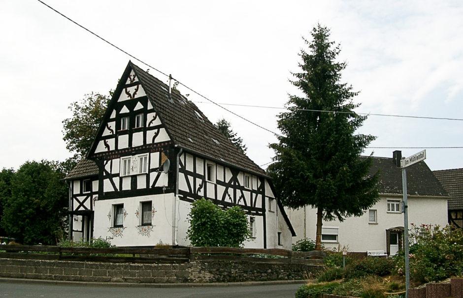 Wohnhaus in der Elbbachstraße 19 in GuckheimWohnhaus in der Elbbachstraße 19 in Guckheim